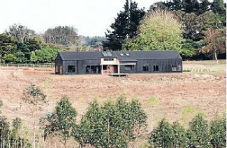 Cool black barn wins supreme award