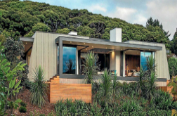 Design awards for pair of Kapiti homes